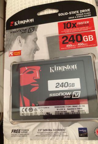 Kingston SDDNOW v300 de 240 GB.