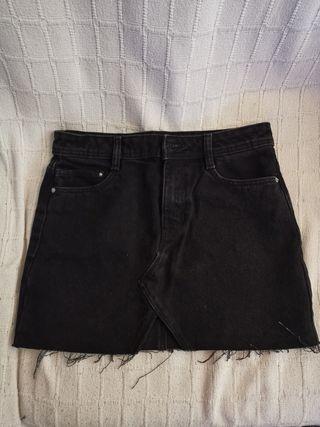6c453c0ac Falda negra tejana de segunda mano en Barcelona en WALLAPOP