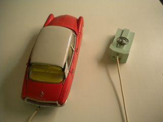 Tiburón Citroën Paya. Juguete teledirigido. coche.