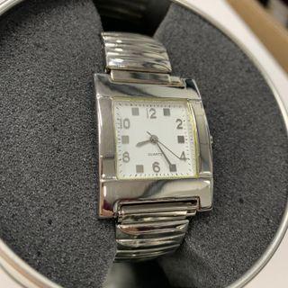 Reloj Moderno Woman Basic Pulsera