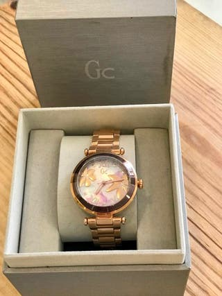 Reloj Guess Collection Mujer