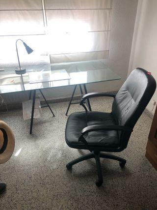 Mesa estudio cristal y caballetes