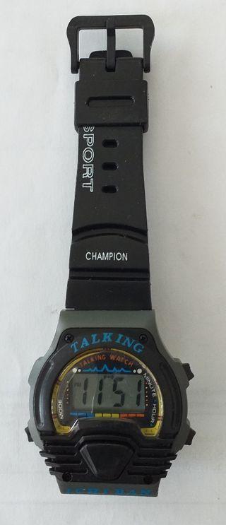 Reloj parlante digital