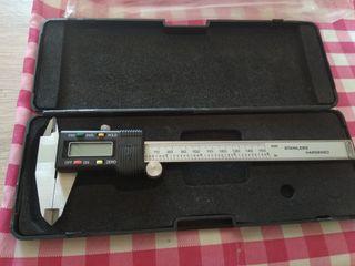 calibre electrónico digital