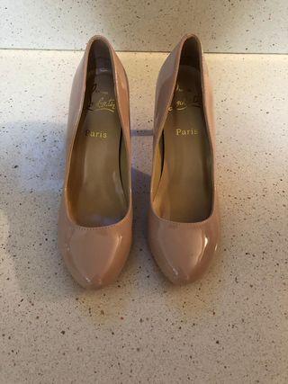 Zapatos de salón Christian Louboutin