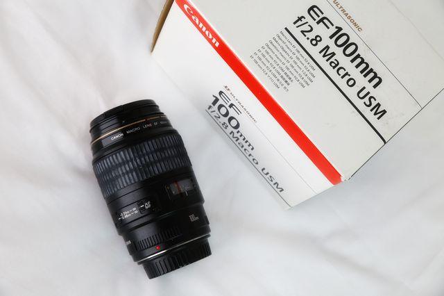Canon EF 100mm f Macro USM 2.8