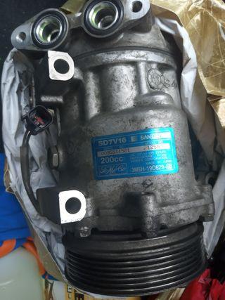 Compresor aire acond. Mazda 3. Para Reparar.