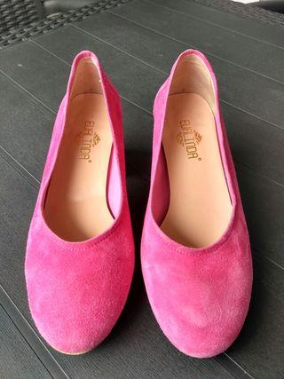 Zapato corte salón. Un solo uso