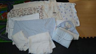 set de mantas, 2 toquillas, cambiador y toalla