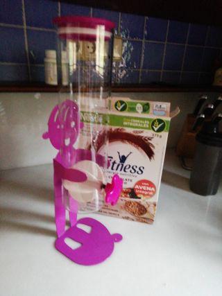 dispensador de cereales desayuno
