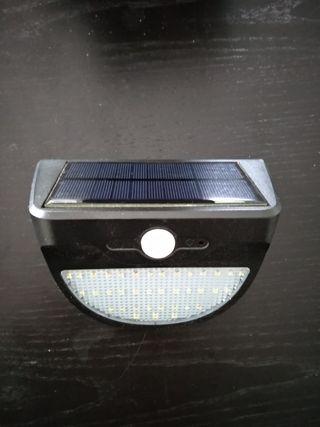Luz solar Led, con detector de movimiento
