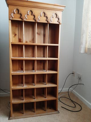 CD RACK WOODEN