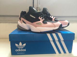 Wallapop Barcelona Adidas De Mujer Zapatillas En Segunda Mano EBeQCdxoWr