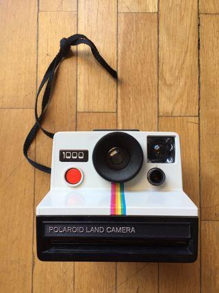 Polaroid Land Cámara 1000 red