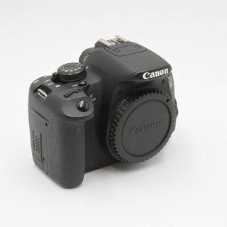 Cámara CANON EOS 700D + Grip + 5 baterias E333771