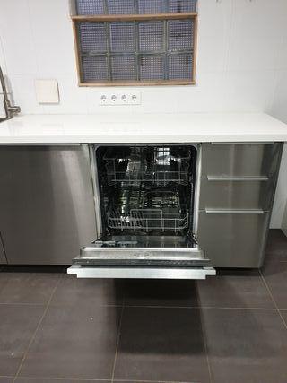 Cocina IKEA -inc. inducción,lavaplatos,horno,micro