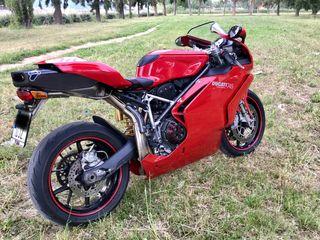 Colin Ducati 749 999