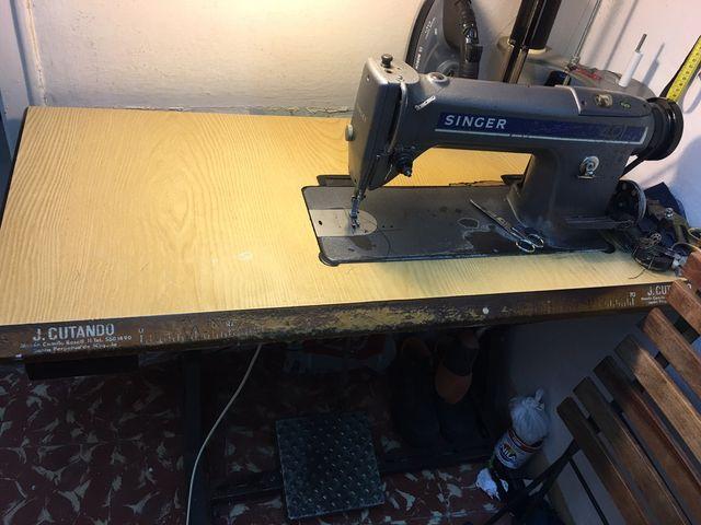 2 Máquinas de coser industriales
