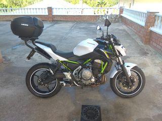 Kawasaki Z650 naked