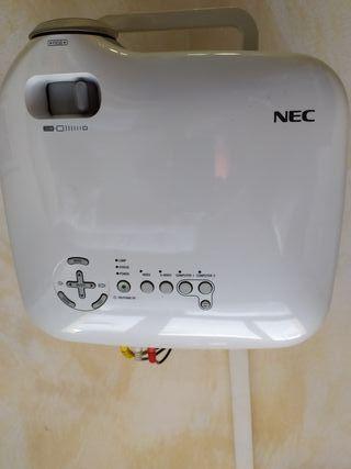 vendo proyector Nec VT 740 y pantalla 100 pulgadas