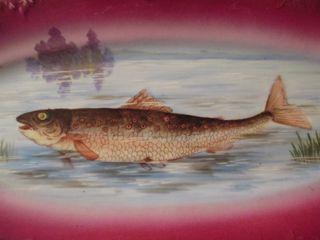 Plat à poisson en porcelaine de Limoges