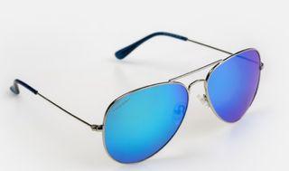 Gafas de sol Hood nuevas