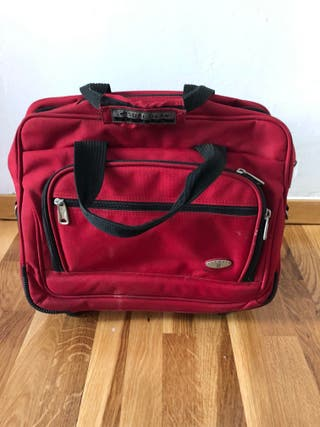 maletin portadocumento con ruedas