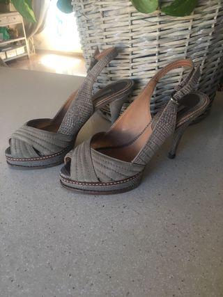sandalias con plataforma de piel UTERQUE