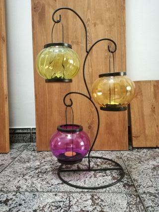 Lámpara tipo candil con velas