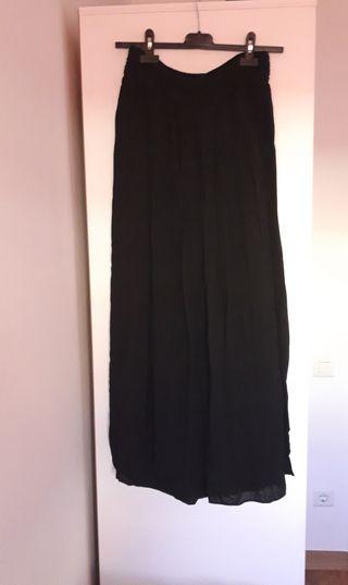 e2ac1aa2b Falda negra de segunda mano en Terrassa en WALLAPOP