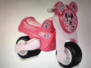 Correpasillos minnie mouse feber moto