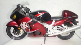 suzuki hayabusa gsx 1300 r