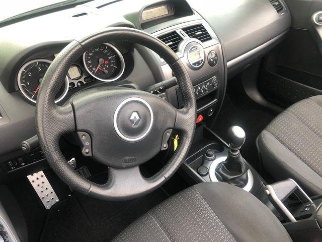 Renault descapotable karman 2006