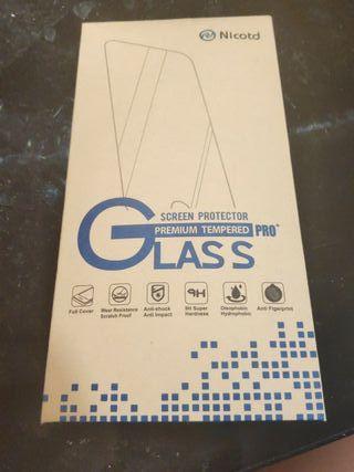 Cristal templado para iPhone 5/5S. Nuevo.