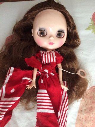 Blythe muñeca pelo marron