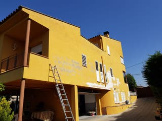 Pintor de fachadas,chalets,Naves Industriales