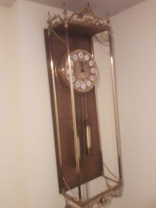 Reloj de pared antiguo / vintage