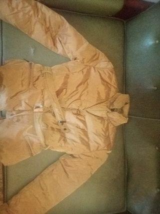 Chaqueta de mujer con cinto de Zara woman
