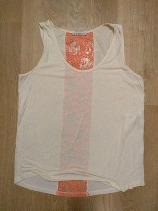Lote ropa: 5 camisetas, 1 blusa y un vestido