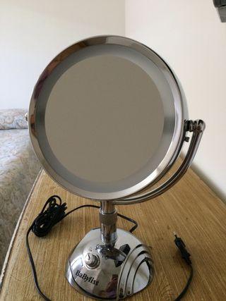 Espejo de aumento.39 de alto x 30 de ancho 50€