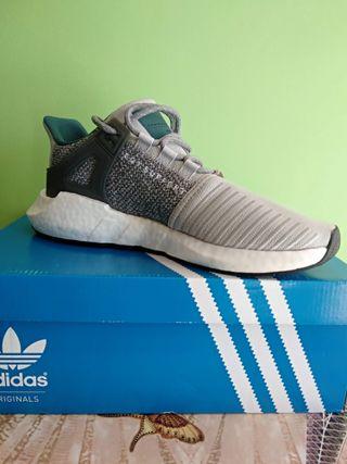 38168a19cf Zapatillas Adidas hombre de segunda mano en WALLAPOP