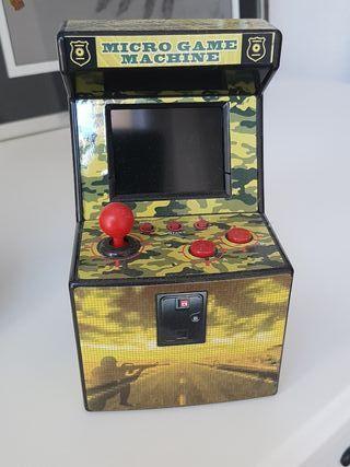 Micro game machine