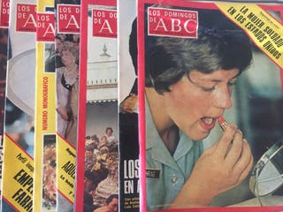25 revistas Los domingos de ABC. Año 1976