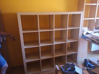estantería mueble color beige
