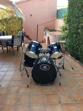 Vendo batería percusión.