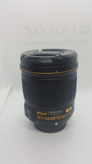 Objetivo Nikon 28F1.8