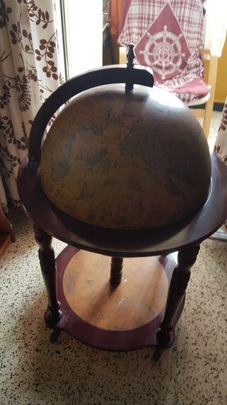 mesa bola del mundo
