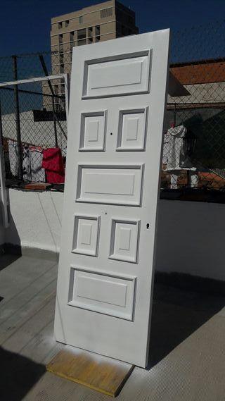 Lacado de puertas de madera