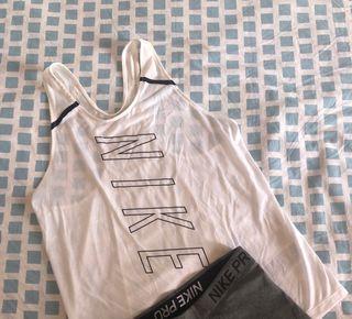 Camiseta NIKE tirantes running fit talla S