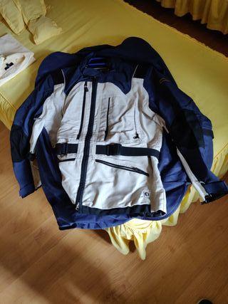 chaqueta y pantalon de moto bmw